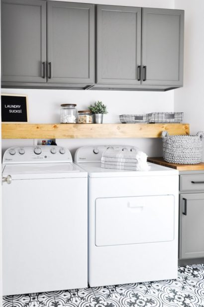 Modern-Farmhouse-Laundry-Room-12